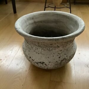 One dot World Birkdale stone distressed grey large planter/vase/urn