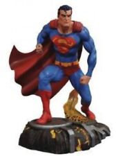 DC Gallery Superman 10-Inch Collectible PVC Statue