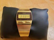 Seiko F231-4009 LCD Digital Quartz Bracelet Watch, Gold Color, 70s-80s