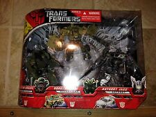 TRANSFORMERS MOVIE DELUXE Gift 3 Pack Brawl Bonecrusher Jazz Exclusive Misb New