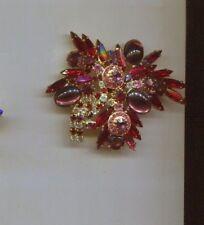 MULTI RED vintage pin