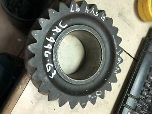 John Deere- GEAR, PINION SHAFT 4630 - R54497