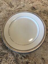 Mikasa Palatial Platinum Dinner Plates Round L3235 Barely Used