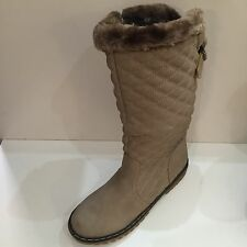 Womens Boots Beige Quality Fur Lined Boots Size8 New FREE DELIVERY