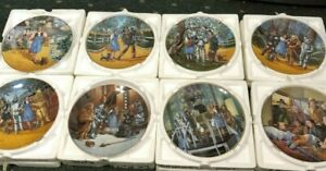 Set of 8 Wizard of Oz collector plates by Knowles-original packaging-COA-mint