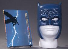 Frank Miller Art Batman Dark Knight Returns Book & Mask Set DC Collectibles