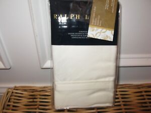 2 Ralph Lauren Penthouse Suite Coco De Mer Cream Standard shams
