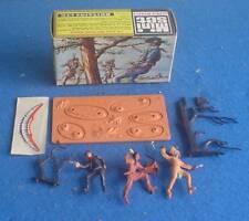 VINTAGE BRITAINS BOXED 1960's 1:42 SCALE MINI SET No.1062 COWBOYS & INDIAN