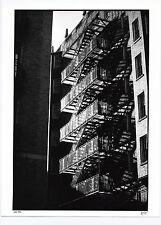 photo gand tirage architecture signé / escalier en fer USA 1986 ombre et lumière