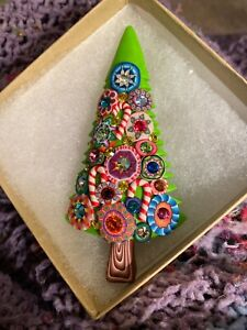"""NWT Billie Beads Tall 4"""" Classic Green Christmas Tree Pin Brooch Signed & Dated"""