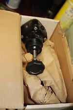 "Norgren R38-205-Rnca, 1/4"" regulator, New in Box"