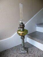 Lampe à pétrole décor doré en Baccarat Pied régule et marbre 68 cm