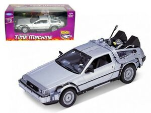 WELLY 22443 - 1/24 BACK TO THE FUTURE I DELOREAN
