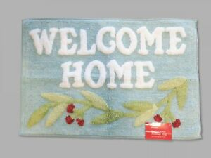 Hometown Holiday Tufted Bath Rug in Light Blue