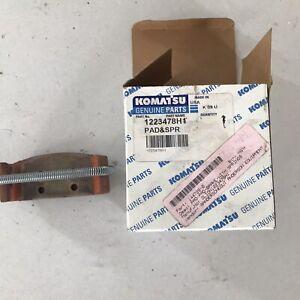Komatsu Brake Pad And Spring 1223478h1 Genuine OEM