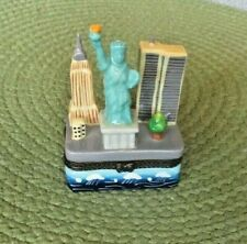 Twin Towers New York City Trinket Box Statue of Liberty Red Apple
