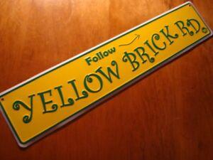FOLLOW YELLOW BRICK ROAD Sign Street Arrow Wizard of Oz Theater Prop Movie Decor