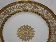 Heinrich H & C Bavaria Heavy Gold Encrusted Center Medallion 12 Dinner Plates
