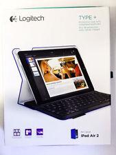 Claviers et stations d'accueil bleus pour tablette