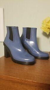 Hunter Boots Chelsea Wide Heel Size 9 blue