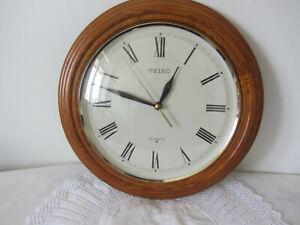 """Seiko Quartz Round Wooden Wall Clock 12"""" Round Nice Piece."""