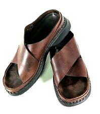 Men's Clarks Wide Criss Cross Strap Sandals Size 9.5B Slip On Raised Stitch