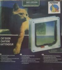 Petrich Small 2-Way Locking Cat Door White width 235mm height 250mm New In Box