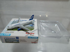 Herpa Wings 1:500 FINNAIR Airbus A320 508520 ** RARE MODEL AIRPLANE die-cast