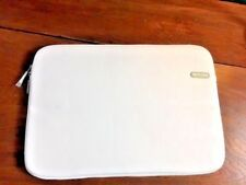 "Incase 15"" Laptop Carrying Case Solid White Padded Bag Travel Work School NWOT"