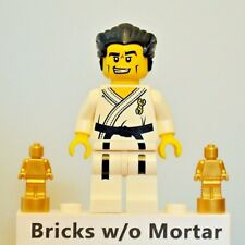 New Genuine LEGO Karate Master Minifig with Two Trophies Series 2 8684