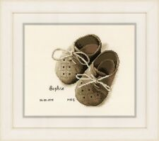 Vervaco-puntada cruzada contada Kit-Registro de Nacimiento-Primer Zapatos-PN-0164620