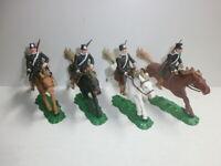 Konvolut 4 alte Elastolin Kunststoff Soldaten zu 7.5cm Russen Kosaken Reiter