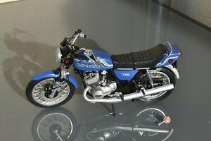 Maquette moto KAWASAKI 750 H2 [Heller, 1/8ème]