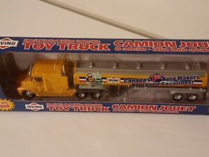 PEM. Same DCP. Irving tractor-trailer.1/64. New