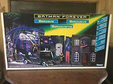 BATMAN FOREVER BATCAVE PLAYSET C1995 KENNER.