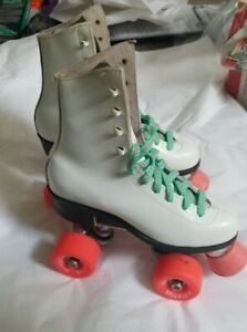 Vintage Girls Pink And White Pacer Rollerskates Size 3 Leather Pacesetter tiktok