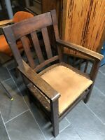 1910 Arts & Crafts Oak Armchair Leather Seat Antique Mission Craftsman Chair