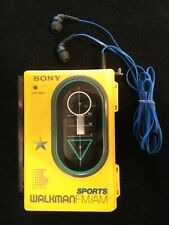 SONY WALKMAN STEREO PORTABLE - CASSETTE PLAYER  - RADIO & HEADPHONES