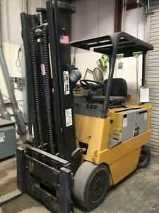 Forklift Caterpillar Electric Model M70B w/48V Battery Charger- 8k lb Capacity
