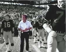 Tom Flores Oakland Raiders unsigned 8 x 10 photo print Coach spotlight
