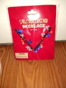 MICKEY MOUSE FLASHING LIGHTS LIGHT UP NECKLACE New.