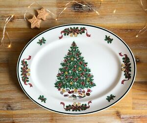 Oval Serving Platter 'Victorian Christmas' by JOHNSON BROTHERS England Vintage