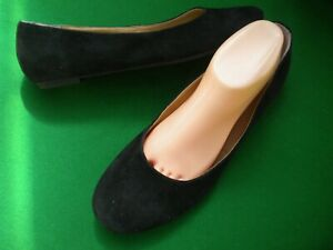 LADIES NEAR NEW TONY BIANCO BLACK SUEDE LEATHER FLAT HEEL SHOES  SIZE 10
