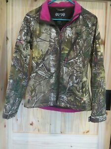 REALTREE TKF-W457  Women's Jacket Size S (34-36) Camo with Pink Detail