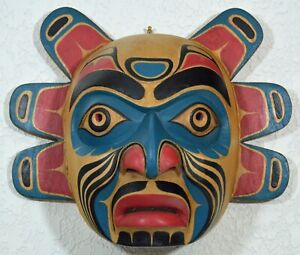 PACIFIC NORTHWEST CARVED FIRST NATION STYLE KOMOKWA #2 LORD OF THE SEA MASK