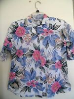 Vintage  Woman's Short Sleeve Button Down Multi-Colored Flowered Shirt Size 8