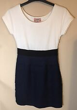 Phoebe Couture women's Dress Size 2 White Navy Blue Short Sleeve