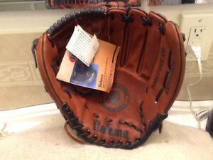 "Nokona AMG-700EXP 14"" American Legends Baseball Softball Glove Right Throw NWT"