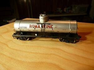 HO Red Caboose Roma Wine 10,000 Tank Car Type 103W  item #RC3021-4 Car #948