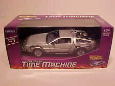 DeLorean 1981 BACK TO THE FUTURE Part 1 Time Machine Die-cast 1:24 Welly 7 inch